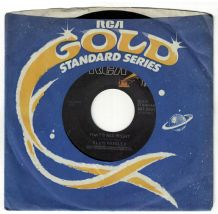 Elvis Presley - That's All Right c/w Blue Moon Of Kentucky (1976 US RCA Gold Standard Series)